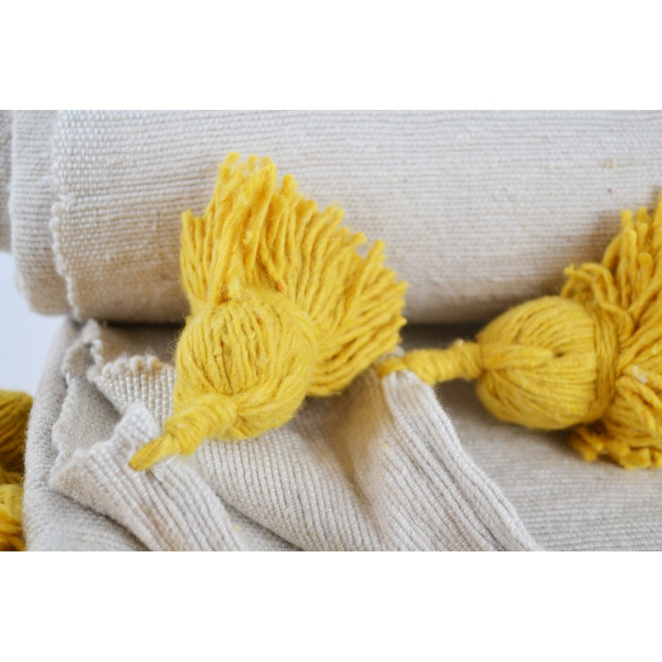 Plaid marocain beige pompon jaune