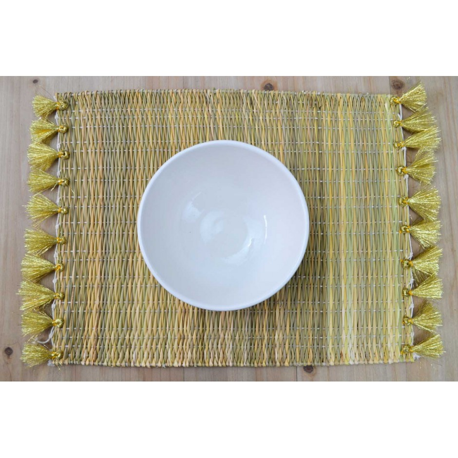 Set de table rectangulaire en roseau à pompons (5coloris)